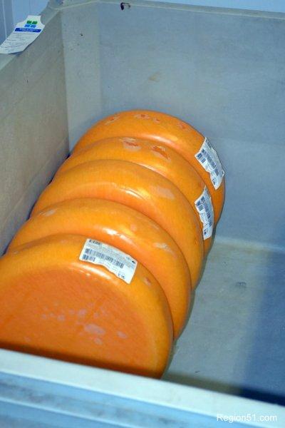 сыр Маасдам, лучший сыр для колбасы