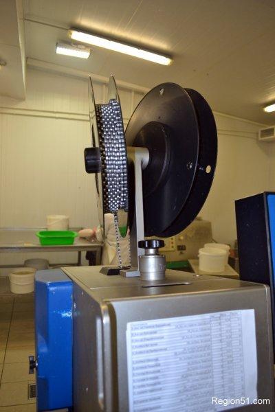 автоматический клипсатор для колбасы