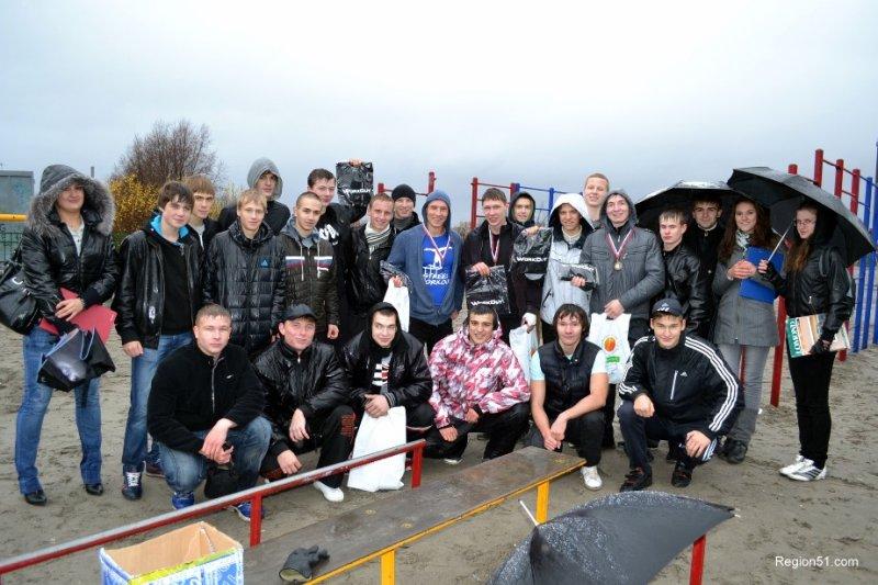 Осенняя битва уличных спортсменов в Мурманске