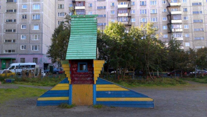 Беседка на Крупской, Мурманск