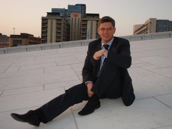 Леонид Мостовой